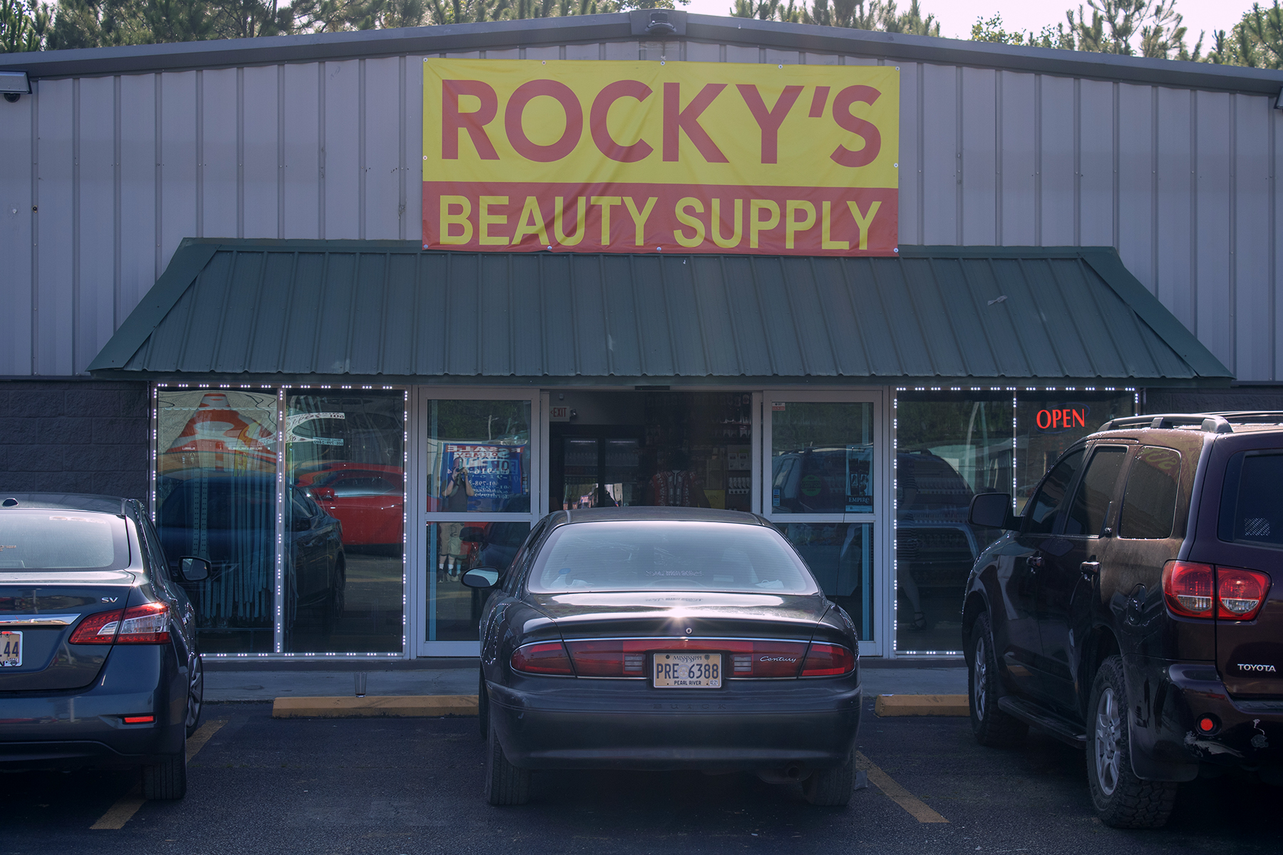Rocky's Beauty Supply Ribbon Cutting
